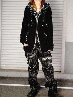 Custom BLACK LOOSE 2-Way Pants Bleach. See more at http://www.cdjapan.co.jp/apparel/sexpot.html #harajuku #punk