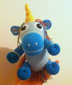 petite licorne au crochet - unicorn