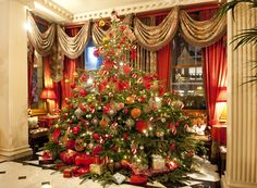 Have you ever seen a Christmas tree more heavily laden than this? The Chesterfield Mayfair's tree has become fairly famous in London...