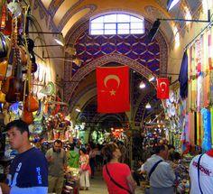El Gran Bazar, Estambul, Turquía - SEP 2005.