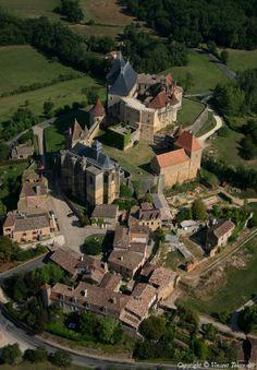 ✈️ Photo aérienne de Biron - Dordogne (24)