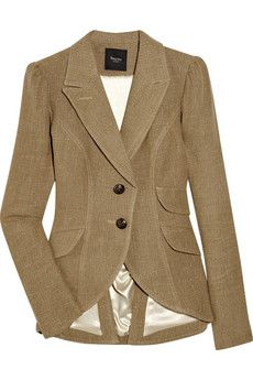 I'm a fan of a good blazer. Paired with jeans and heels (or boots), the look is classic.