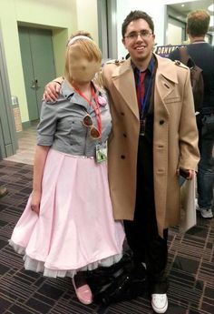 Doctor Who - Faceless Rose and The Doctor. Nice!