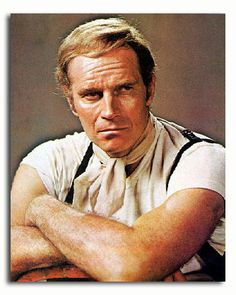 Charlton Heston as Detective Thorn in Soylent Green (Dir. Halloween Party Games, Kids Party Games, Soylent Green Movie, Charlton Heston Movies, Charleton Heston, Old Hollywood Stars, Classic Hollywood, Planet Of The Apes, Director