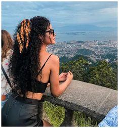 krullend haar Amazing Curly Frisuren Ideen fr Frauen im Teenageralter Fashionova. Sweet 16 Hairstyles, 40s Hairstyles, Scarf Hairstyles, Short Curly Hairstyles, Haircut Short, Curly Hair Styles, Curly Hair Tips, Natural Hair Styles, Mixed Curly Hair