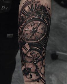 Realistic Tattoo by Julen Mrkpa Clock Tattoo Sleeve, Full Sleeve Tattoo Design, Best Sleeve Tattoos, Baby Tattoos, Tattoos For Guys, Tatoos, Clock Tattoo Design, Tattoo Designs, Tattoo Bras Homme