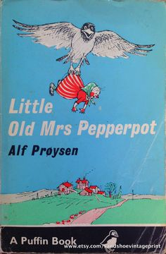 Little Old Mrs Pepperpot, by Alf Prøysen I loved these books as a child. Pepperpot shrinks at the most inopportune times. Which leads to lots of adventures for the doll size woman. 1980s Childhood, My Childhood Memories, Ladybird Books, Vintage Children's Books, Retro Vintage, My Memory, The Book, Childrens Books, Book Art