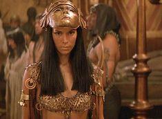 The Mummy Returns - Patricia Velásquez as Anck-Su-Namun The Mummy Film, Mummy Movie, Egyptian Movies, Playboy Logo, Movie Makeup, Brendan Fraser, Egyptian Costume, Egyptian Goddess, Egyptian Eye