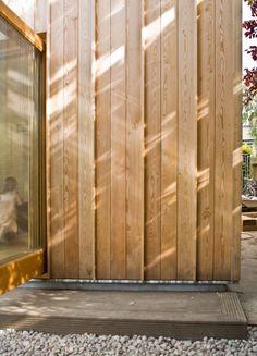 Neil Dusheiko Architects: Timber Fin House