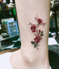 Tattoos with meaning, pretty tattoos for women, rose tattoos for wo Cross Tattoos For Women, Tattoo Designs For Women, Tattoos For Women Small, Cross Tattoo Designs, Girl Cross Tattoos, Small Cross Tattoos, Beautiful Tattoos For Women, Tattoo Girls, Mini Tattoos