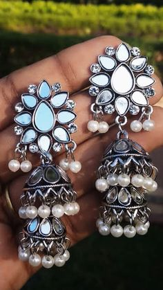 Gold Jhumka Earrings, Bridal Jewelry Vintage, Fancy Jewellery, Oxidized Silver, Dream Rooms, Necklace Designs, Palace, Silver Jewelry, Arts And Crafts