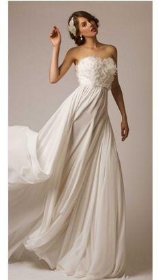 Corpiño rosado con falda griega plisada. | 50 vestidos de novia de ensueño de los que te enamorarás