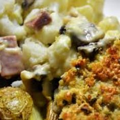 Bloemkool met champignons en hamblokjes uit de oven