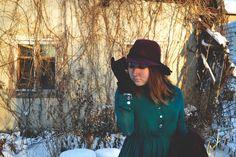 #fashion #outfit #dress #retro #vintage #mysterious #blog #witch #dark #film #cute #winter #romwe #shein #cndirect #кино #фильм #ретро #винтаж #зима #образ #обзор #мистика #экстрасенс #одежда #трейлер #ужасы #девушка #мода #красота #магазин