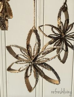 25 Holiday DIY Projects to Try! - The Happy Housie