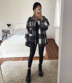 Classic Thick Colorblock Checked Button Down Shirt Jacket Woolen Cute Comfy Outfits, Stylish Outfits, Cute Simple Outfits, Best Outfits, Popular Outfits, Night Outfits, Teenager Outfits, College Outfits, Winter Fashion Outfits