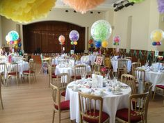 Table bubbles in mixed bright colours.