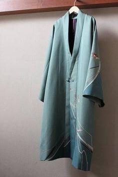Kimono Fabric, Kimono Top, Fashion Beauty, Womens Fashion, Young Fashion, Japanese Kimono, Gypsy Style, Kimono Fashion, Refashion