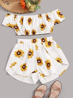 Cute Lazy Outfits, Crop Top Outfits, Kids Outfits Girls, Girls Fashion Clothes, Teenager Outfits, Teen Fashion Outfits, Retro Outfits, Cute Fashion, Stylish Outfits