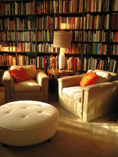 bookmania:    Home Library (Photo bysrk1941)