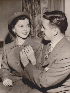 1950 Shirley Temple & Charles Black Announce Marriage