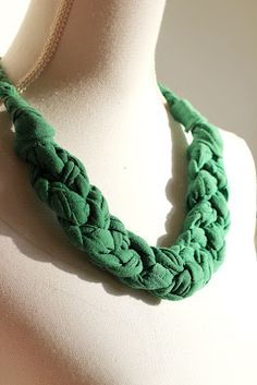 collar de trapillo   # Pin++ for Pinterest #