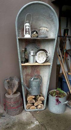 Country Decor, Farmhouse Decor, Pot Plante, Metal Garden Art, Purple Garden, Interior Garden, Antique Decor, Yard Design, Garden Crafts