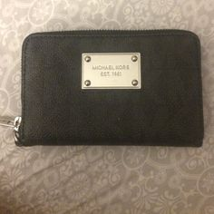Michael kors wallet Black Michael Kors Accessories