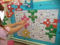 preschooler in a photo camera Name Activities, Grade 1, Ideas Para, Kindergarten, Preschool, Classroom, Games, Blog, Posters