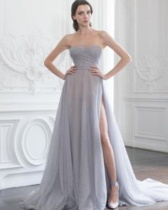 corset gown Paolo Sebastian: Beaded hail-spot tulle gown with corset detailing Stylish Dresses, Elegant Dresses, Pretty Dresses, Style Couture, Couture Fashion, Couture Dresses, Fashion Dresses, Haute Couture Gowns, Collection Couture