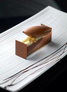 Quenelles plated dessert