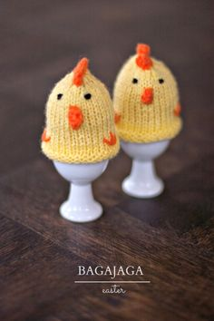 wool, knitted, hand made, pompon, easter