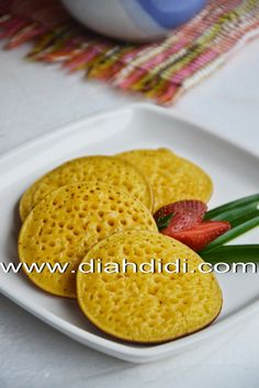 Diah Didi's Kitchen: Serabi Labu Kuning