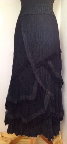 18L Black Charcoal Net Ruffle Frills Skirt Lagenlook Gothic LARP Whitby Quirky