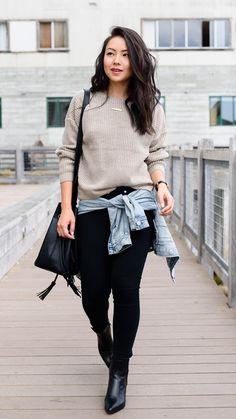 Beige sweater, black skinny jeans, black booties | San Francisco Street Style