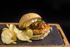 Noruega   Burger   Hamburguesa   Hamburguesería   Lugar: c/ Ramón trias fargas 2, 08005 Barcelona   Estilos de Comida: Hamburguesas - Tapas   Horario: Mar - Jue: 9:00 - 17:00, Vie - Sáb: 9:00 - 3:00, Dom: 9:00 - 21:00
