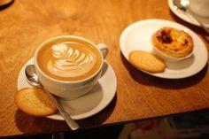 Geschenkidee: Intensiv Barista-Kurs in Bonn - miomente Barista, Coffea Arabica, Latte, Dinner, Tableware, Coffee, Gourmet, Bricolage, Bonn