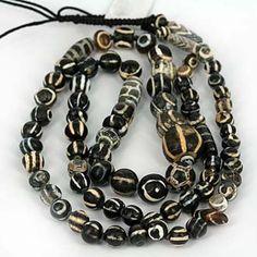 SKJ ancient bead art | item description | collection7