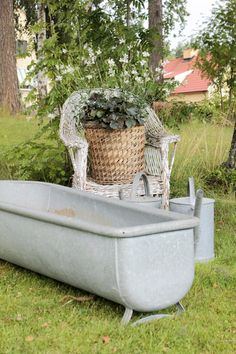 The tub should be filled with flowers!