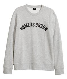 Where is home for you? Gray long-sleeved sweatshirt with faux-leather text appliqué.│ H&M Men