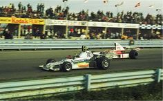 Wilson Fittipaldi, Watkins Glen 1975, Copersucar FD03, giving the pass to brother Emerson in the McLaren M23... Last F1 drive for Wilson.
