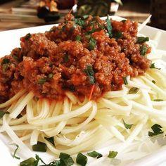 Bolonhesa em espaguete de Palmito de Pupunha