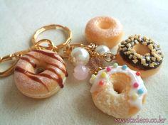 Cute Polymer Clay, Polymer Clay Dolls, Polymer Clay Crafts, Kawaii Jewelry, Cute Jewelry, Miniature Crafts, Miniature Figurines, Clay Keychain, Biscuit