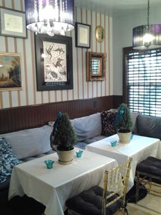 Superieur Banquette Dining Room Eclectic Fine Art Blue Velvet Cushions Contemporary  Lighting Bamboo Shaded , This Is