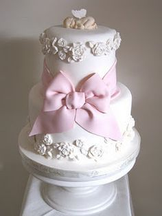 Angel Wings Baby Shower Cake | Christening, Baptism and baby shower ideas