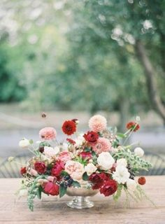 Photo Captured by Jen Huang via Grey Likes Weddings - Lover.ly A pretty way to use marsala colors in spring weddings Diy Wedding Flowers, Red Wedding, Floral Wedding, Wedding Colors, Wedding Bouquets, Wedding Styles, Floral Centerpieces, Wedding Centerpieces, Floral Arrangements