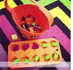 Spider Button Game (from Miss Kindergarten)
