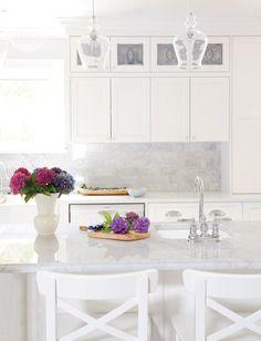 Kitchen design: Dreamy white kitchen {PHOTO: Tracey Ayton}