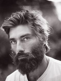 Top of the beard chain. And his eyes rule, so the focus stays on his whole face not just the beard. Beard Styles For Men, Hair And Beard Styles, Long Hair Styles, Hairy Men, Bearded Men, Barba Grande, Beard Love, Perfect Beard, Man Style