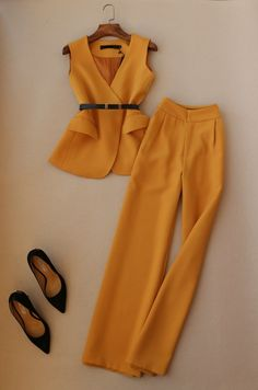 Suit Fashion, Work Fashion, Trendy Fashion, Fashion Dresses, Sporty Fashion, Winter Fashion, Classy Work Outfits, Girly Outfits, Stylish Outfits